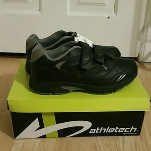NWT athletech shoes